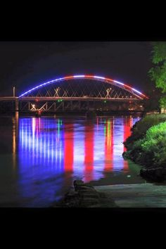 The bridge from Missouri To Kansas. *****(I found out this is the Ameila Earhart Bridge in Atchison, Kansas)***** Look at the reflection in the water. How awesome! I Love America, God Bless America, America 2, A Lovely Journey, Patriotic Pictures, Beautiful Places, Beautiful Pictures, Beautiful Wolves, Independance Day