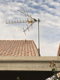HDTV Digital Antenna Installation With A TiVo DVR System In North Phoenix.  Another Happy Customer