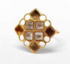 Gold ring, set with pastes and crystals, Andalusia, early 17th century