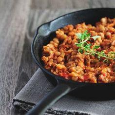 quick lentils and tomato stew -- translation from romanian with this link: http://translate.google.com/translate?hl=en=ro=en=http%3A%2F%2Fwww.blogculegume.ro%2Fmancare-rapida-si-delicioasa-de-linte-cu-rosii-proaspete%2F=1