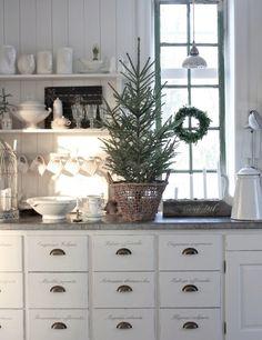 北欧キッチンクリスマスツリー