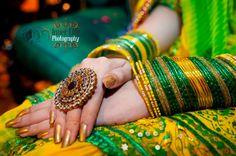 Silk Bangles, Bridal Bangles, Wedding Jewelry, Moda India, Bridal Jewellery Inspiration, Bridal Mehndi Dresses, Mehndi Outfit, Bollywood, Mehndi Brides