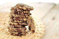 gezonde snack notenkoekjes van lijnzaad Gebroken lijnzaad - 100 gram Gemengde noten - 100 gram Rozijnen - 75 gram Geraspte kokos - 20 gram Water - 200 ml