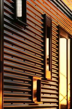 cladding looks good with small square windows Cladding Design, Exterior Wall Cladding, House Cladding, House Siding, Exterior Siding, Facade Design, Facade House, Exterior Design, House Design