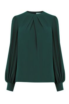 Warehouse, PLEAT NECK LONG SLEEVE TOP Dark Green 0 A blouse with added gusto - because your office needs a little extra something. Finished with a bold button neck and cuffs. Green Shirt Outfits, Skirt Outfits, Blouse Styles, Blouse Designs, Hijab Fashion, Fashion Outfits, Hijab Stile, Designs For Dresses, Blouse Models