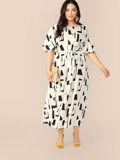 To find out about the Plus Flutter Sleeve Geo Print Belted Dress at SHEIN, part of our latest Plus Size Dresses ready to shop online today! Plus Size Dresses, Plus Size Outfits, Occasion Maxi Dresses, Look Plus Size, Short Sleeve Dresses, Dresses With Sleeves, Long Sleeve, Plus Size Kleidung, White Maxi Dresses