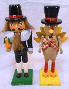 shopgoodwill.com: Cute! Pilgrim And Turkey Nutcrackers