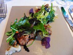 Kalbsbries mit Pflücksalaten Brie, Seaweed Salad, Ethnic Recipes, Food, Food Food, Recipes, Eten, Meals, Diet