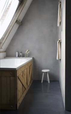 Concrete Design Ideas for your bathroom - Tadelakt Attic Bathroom, Attic Rooms, Barn Bathroom, Attic House, Bathroom Grey, Industrial Bathroom, Bathroom Cabinets, Wood Cabinets, Bathroom Faucets