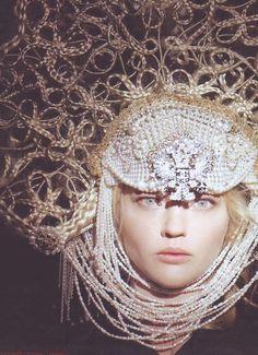 #headress #fashion with Neutral Beauty