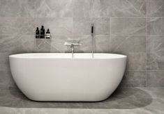 Grantikeramik Bricmate Grey Fleury Honed All Klinker Bathtub Shower, Bathroom Spa, Wood Bathroom, Bathroom Interior, Bath Tubs, Bathroom Inspiration, Interior Inspiration, Küchen Design, House Design