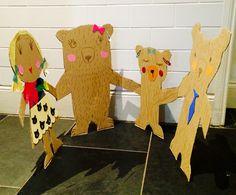 Really BIG paper dolls Goldilocks and the three bears