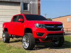 2019 Chevrolet Colorado Fitment Gallery Browse the largest online truck fitment gallery, curated by enthusiasts, for enthusiasts. Find out what fits your truck and show off your ride! Chevy Trucks Older, Old Ford Trucks, Chevy Pickup Trucks, New Trucks, Custom Trucks, Lifted Trucks, Chevy Duramax, Chevy Pickups, Chevrolet Silverado