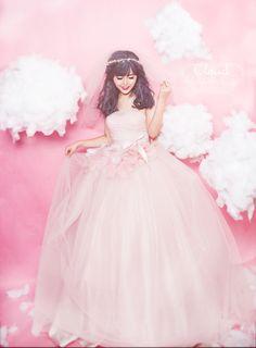 'Công chúa của những áng mây' xinh đẹp qua bàn tay phù thủy make up