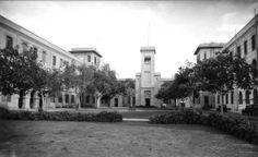 فيكتوريا كوليدج . تقع بمدينة الأسكندرية سميت على أسم ملكة بريطانيا العظمى بنيت عام 1902