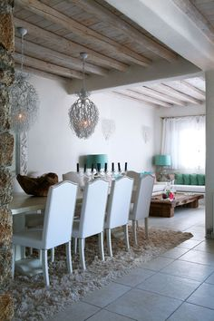 House of Turquoise: Costas Picadas: Light Neutrals with a splash of turquoise!!