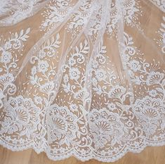 Newest design wedding lace fabric beaded lace fabric tulle