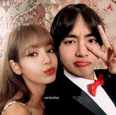 Kpop Couples, Cute Couples, Lisa, Taekook, Bts Taehyung, Bts Jungkook, Bts Girl, V Bts Wallpaper, Blackpink And Bts