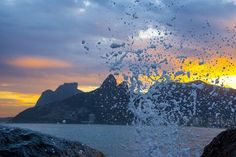 Water splash at Arpoador Rio de Janeiro. Photo by Giovani Cordioli — National Geographic Your Shot