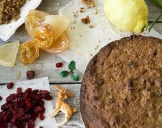 Traditional Christmas cake by Jamie Oliver FULL RECIPE HERE christmas cake christmas cake recipe best christmas cake recipe eve. Cake Recipe Using Cups, Recipe For 8, Nigella Christmas, Vegan Christmas, London Christmas, Christmas 2015, Hp Sauce, Small Christmas Cake Recipe, Christmas Cakes