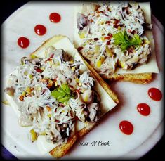 Open Cheese Quick Recipes, My Recipes, Mushroom Toast, Boiled Corn, Brown Bread, Tzatziki Sauce, Chilli Flakes, Tossed, Chutney