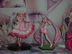 OTAKU PRIDE Decorating In Nerdy Anime Style Merchandise Collection
