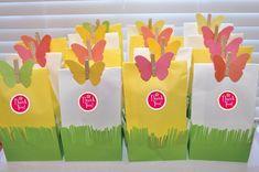lembrancinhas com sacos de pão para festa jardim encantado