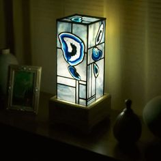 Agate slice in stained glass lamp.  #stainedglass #lamp