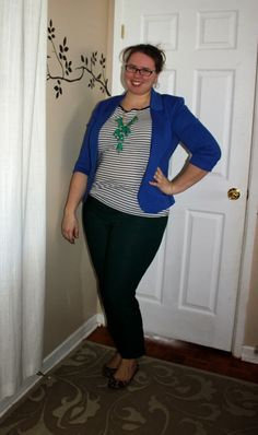 What Mama Wears: Cobalt & Stripes. Cobalt blazer, striped tee, bubble necklace, green pants, leopard flats. Mom fashion, mom style, plus size fashion, plus size style.