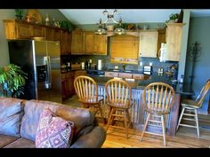 Gatlinburg honeymoon cabin rentals at http://www.encompassvacations.com/lister/view-listing/236