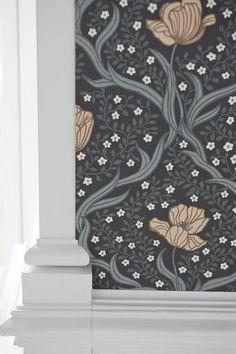 Stuvbutiken   Boråstapeter Falsterbo Il - 4034 Wall Colors, Kitchen Remodel, Tapestry, Victorian, Inspiration, Ornament, Cottage, Wallpapers, Design