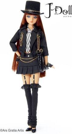 J-Doll Melrose Ave. Collectible Fashion Doll J-Doll http://www.amazon.com/dp/B001C9UOA4/ref=cm_sw_r_pi_dp_PvCjub0AA5WAQ