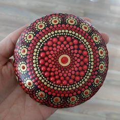 Mandala Art, Mandala Painting, Mandala Pattern, Dot Painting, Stone Painting, Mandala Painted Rocks, Mandala Rocks, Rock Painting Patterns, Rock Painting Designs