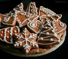 Słodka Strona: Miękkie Pierniczki z Lukrem Cinnabon, Food Decoration, Polish Recipes, Cookie Desserts, Christmas Treats, Cake Cookies, Gingerbread Cookies, Bakery, Sweet Treats