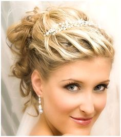 Wedding Hairstyles With Veil : Wedding Hairstyles For Short Hair With Veil And Tiara