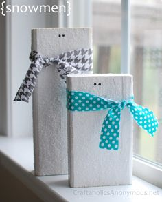 Easy Wooden Snowmen Craft. HOWEVER, use white tissue to wrap gift and decorate as shown in photo.