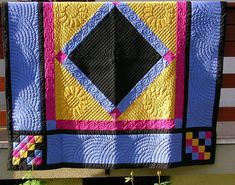 Amish quilt front by Hand Quilting Stitches - Craft ~ Your ~ Home Longarm Quilting, Free Motion Quilting, Hand Quilting, Quilting Projects, Quilting Designs, Patchwork Quilting, Machine Quilting, Quilting Ideas, Amische Quilts