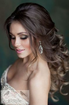 20 stunning wedding hairstyles ideas – My hair and beauty Wedding Hairstyles For Long Hair, Elegant Hairstyles, Wedding Hair And Makeup, Bride Hairstyles, Bridal Hair, Arabic Hairstyles, Spanish Hairstyles, Brunette Hairstyles, Wavy Hairstyles