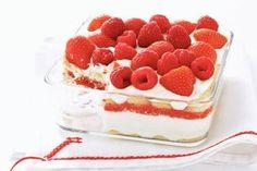 2 juli - Mascarpone in de bonus - Frisfruitige variant op de klassieke tiramisu met verse aardbeien en frambozen. Was het maar altijd zomer.