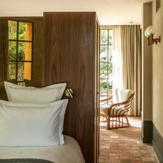 location-villa-renting-services-aix-en-provence Villa, Aix En Provence, Heated Pool, 5 Star Hotels, Curtains, Renting, Room, Furniture, Home Decor