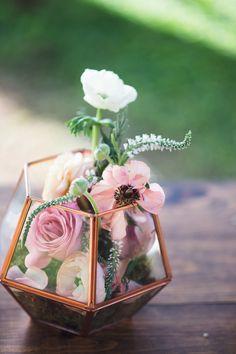 Romantic Maui Destination Wedding by Naomi Levit Photography - WeddingLovely Blog
