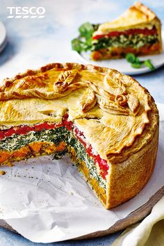 Bring the colour to your next picnic with this rainbow picnic pie. Peppers, squash and cheesy spinach are baked in buttery pastry for an impressive centrepiece to your next al fresco feast. Picnic Pie Recipe, Picnic Recipes, Picnic Ideas, Coconut Recipes, Pie Recipes, Cooking Recipes, Vegetarian Pie, Quiches, Tesco Real Food