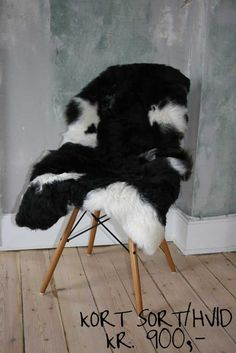 Islandske lammeskind - nature's collection Stool, Furniture, Home Decor, Nature, Decoration Home, Room Decor, Home Furnishings, Home Interior Design, Home Decoration