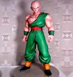 Dragon Ball Z - Ten Shin Han Paper Model - by Paper Juke - == -  From Dragon Ball Z universe, here is Ten Shin Han, in high definition textures, occupying 23 sheets of paper and with 59 cm tall, by French designer Metal Heart.