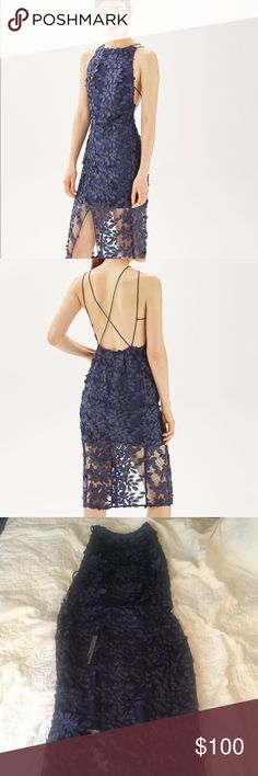 NWT Topshop Leaf Appliqué Midi Dress NWT electric blue topshop dress. Great for any formal occasion and super cute! US size 8. Topshop Dresses Midi
