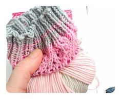 Calcetines, cómo tejer calcetines paso a paso | anaconde | socks&co Knitting Socks, Knitted Hats, Fingerless Gloves, Arm Warmers, Lana, Ravelry, Grande, Fashion, Tricot