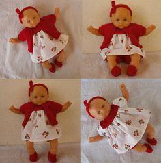 Habits poupon 30 cm : Robe, bloomer, gilet et accessoires rouges et blancs