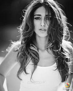 South Actress, South Indian Actress, Indian Celebrities, Bollywood Celebrities, Hot Actresses, Indian Actresses, Ileana D'cruz Hot, Bollywood Designer Sarees, Indian Actress Photos