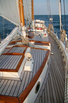 Boats and Yachts Around the World - Page 14 - SkyscraperCity Classic Sailing, Classic Yachts, Luxury Sailing Yachts, Sailboat Living, Wood Boats, Yacht Boat, Yacht Design, Sail Away, Tall Ships