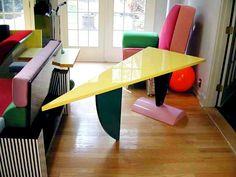 Peter Shire designs for Memphis-Milano Peter Shire, Funky Furniture, Furniture Design, Memphis Milano, Vogue, Crazy Colour, Floor Chair, Interior Design, Table